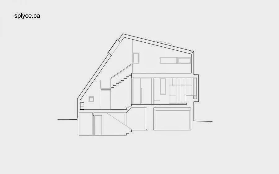 Plano de un corte a la altura de la escalera interior en la casa asimétrica