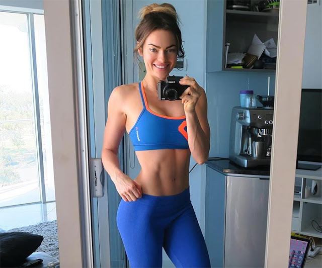 2017 Top Forbes Fitness Influencers - Emily Skye
