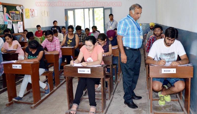 Students participating in Cet-2017 by Gadvasu