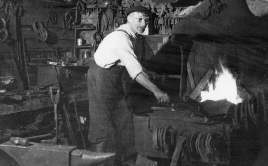 Photograph of The village smithy, Bell Bar