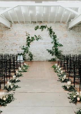 https://www.bloglovin.com/blogs/100-layer-cake-567656/a-modern-garden-inspired-wedding-emily-scott-5341996773