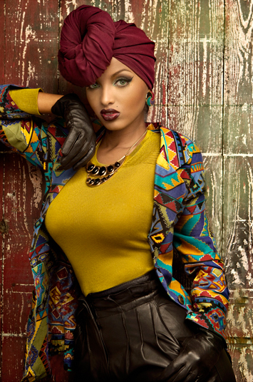 Drenched In Glam.: Lola Monroe.  Drenched In Gla...