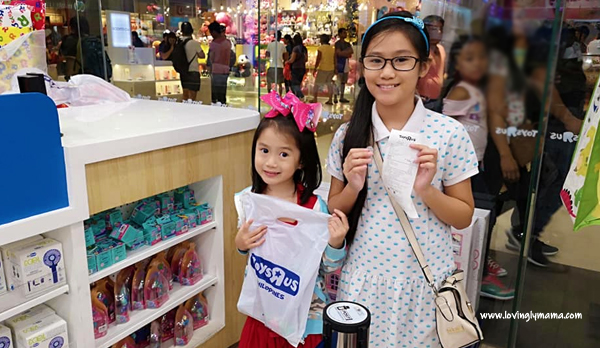 give kids what they want - parenting - Bacolod blogger - Bacolod mommy blogger - caroling - spoiling kids - spoiled kids - Christmas - talking with kids - toys - buying toys - Christmas