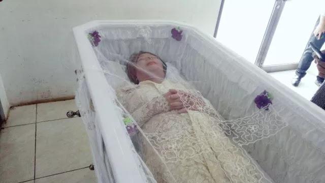 Ayah Yana Zein Tolak Keras Pemakaman Anaknya Dilakukan Secara Kristen