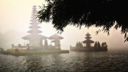 Ulun Danu Lake Bratan Temple