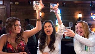 Mila Kunis, Kristen Bell e Kathryn Hahn