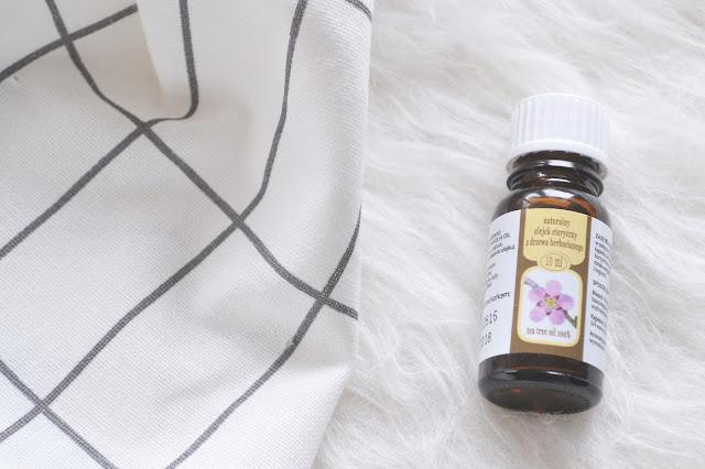 uroda, pielęgnacja, kosmetyki do twarzy, cetaphil, bielenda professional, olejek z drzewa herbacianego,