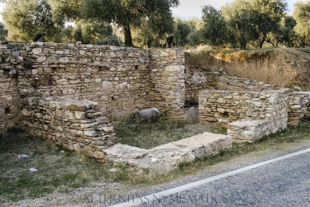 Grupo de tiendas de cronología romana