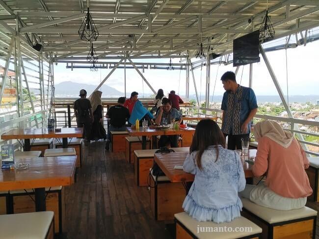 lantai 2 pavilion resto & cafe