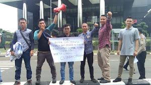 Aliansi Mahasiswa Peduli Pendidikan Demo di Kantor KPK RI, Sorot Proyek Pengadaan Buku di Tebo