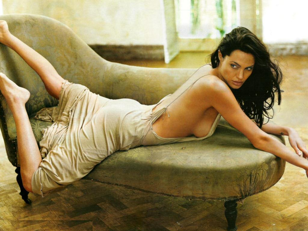 Angelina Jolie Hot And Sexy Pics angelina jolie hot wallpapers hq | wallpapers collections