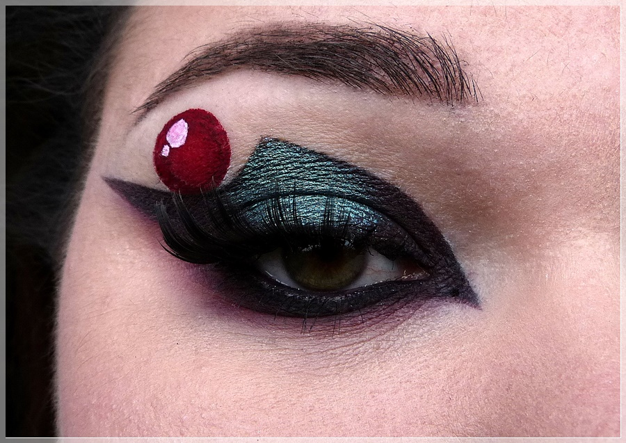 Sailor Pluto Augen MakeUp
