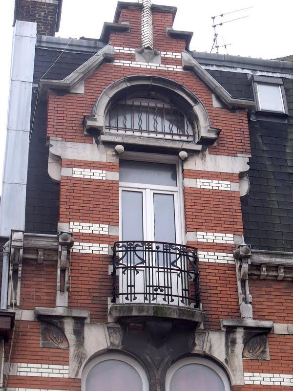lille l 39 art nouveau et l 39 art d co lille pellevoisin rue christophe colomb et rue du b cquerel. Black Bedroom Furniture Sets. Home Design Ideas