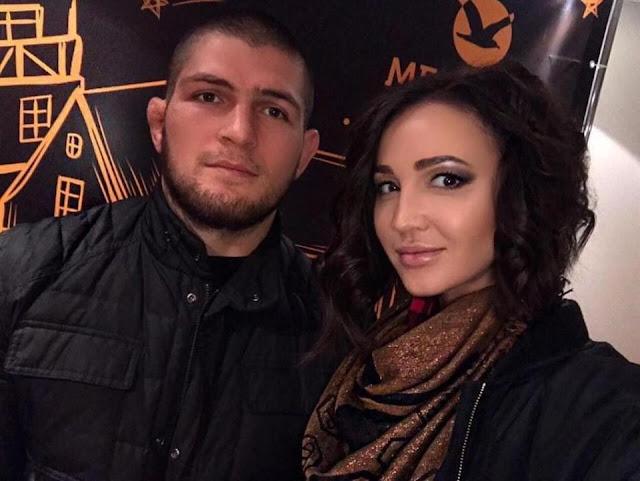 Kabar Soal Beredarnya Foto Khabib Bersama Istrinya Ternyata Salah, Ini Yang Sebenarnya