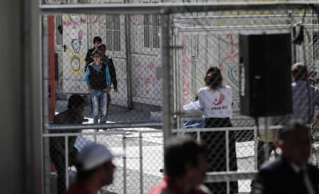 Πάνω από 400 πρόσφυγες και μετανάστες πέρασαν τα νησιά του Β. Αιγαίου, από τη Δευτέρα