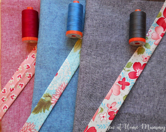Pretty! Pairing Bonnie and Camille with coordinating Essex Yarn Dyeds (Robert Kaufman) and Aurifil || Sew at Home Mummy