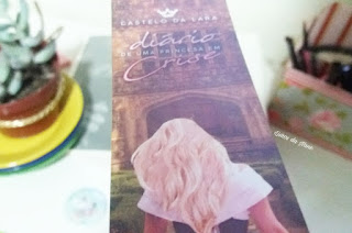Resenha: Castelo de Lara: Diário de uma princesa em crise - Juliana Bicalho