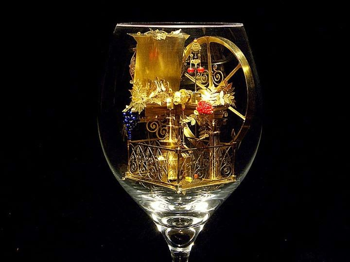 12-Solar-Kinetic-Miniature-Sculptures-in-a-Glass-Goblet-www-designstack-co