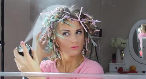 Как сделать кудри: накручиваем волосы на трубочки от сока