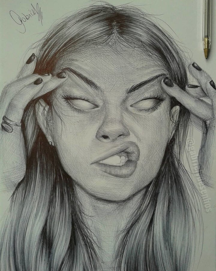 06-The-centre-of-Attention-Gabriel-Vinícius-Expressions-in-Ballpoint-Pen-Portraits-www-designstack-co