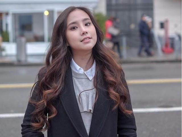 Bakal Nge-host, Agatha Chelsea Sampai Panggil Guru Les
