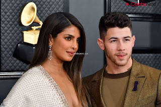 Priyanka CHopra in Lovely Evening Gown without Front Buttons at Grammy Awards 2020 ~ bollycelebs.in Exclusive Pics 001