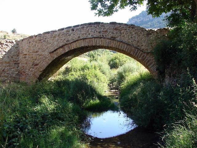 Puente Linares de Mora