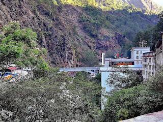 Reconstruction Of Sino-Nepal Friendship Bridge Damaged By Quake Underway