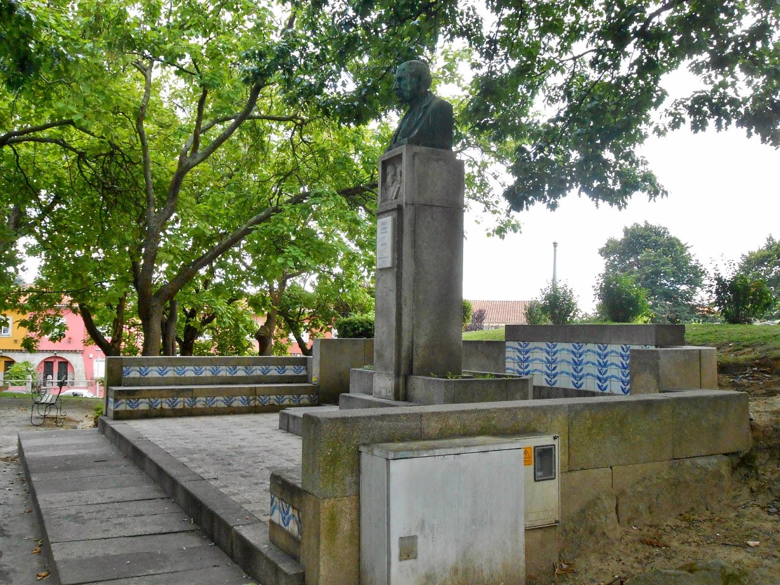 festa jardim do morro : festa jardim do morro: – Vila Nova de Gaia – Jardim do Morro – Busto de Diogo Cassels