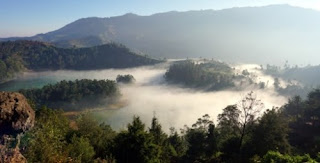 Paket Wisata Jogja : Punthuk Setumbu Sunrise +  Dieng Plateau