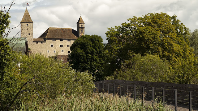 Half-day trip from Zurich by train: Rapperswil Castle