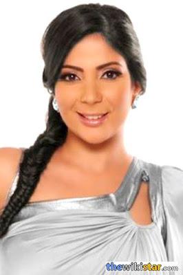 قصة حياة منى زكي (Mona Zaki)، ممثلة مصرية، ولدت في 18 نوفمبر 1976 في القاهرة