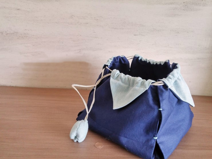 Petal drawstring bag tutorial, by hand sewing DIY