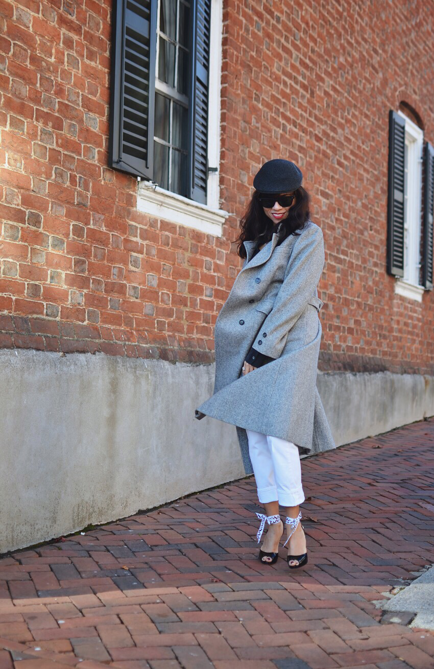 Neutral colors street style