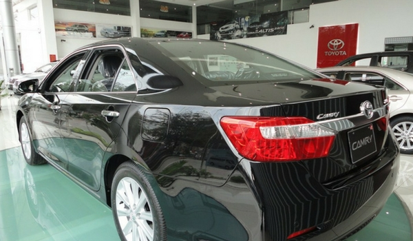 Review Toyota Camry 2.5 G AT 2014