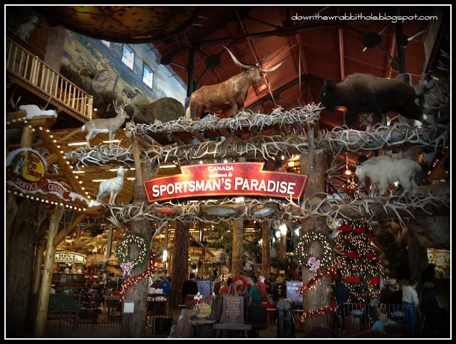 hunting store Alberta, hunting store Calgary, Cross Iron Mills mall