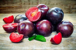 Top ! 16 Benefits of Black Plums for a Weight Loss Diet - Healthy T1ps