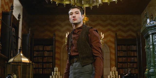 Кридънс Беърбоун, Аврелий Дъмбълдор във Фантастични животни: Престъпленията на Гринделвалд