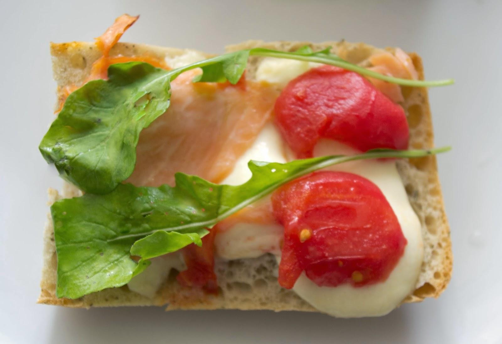 http://mojemenu.blogspot.com/2014/08/moje-menu-na-cay-dzien-sezonowe-warzywa.html