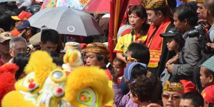 Perayaan Cap Go Meh di Karawang.