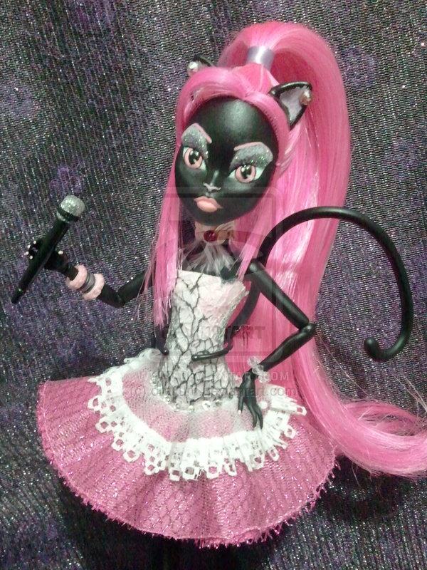 Monsterhighdaily Catty Noir Doll
