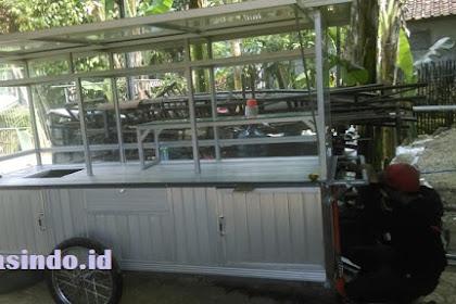 Gerobak Aluminium untuk jualan Martabak pesanan Bu Niken di Indramayu