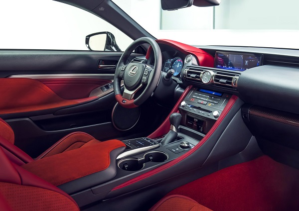 Lexus RC F Track Edition 2019 Interior