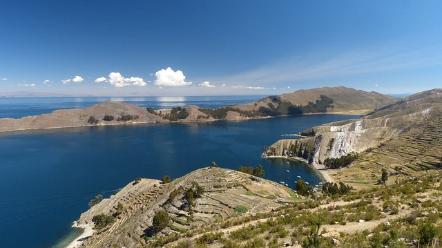 Lakes, Lake Titicaca, Lake Titicaca peru, Peru, Travel, Tourist Attractions, Water, sea, Beaches, Tourism,