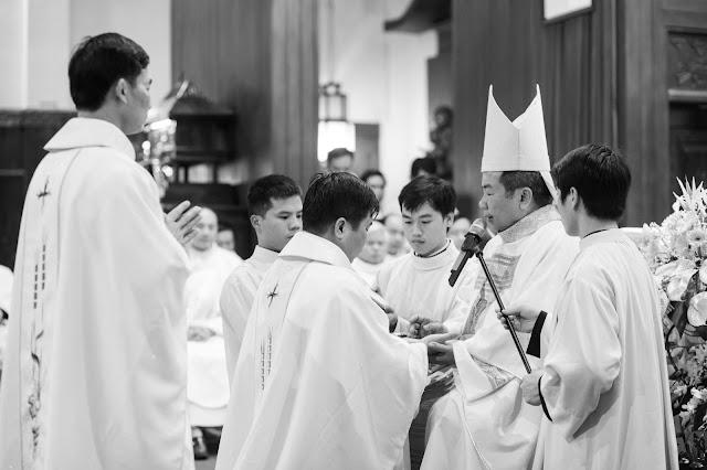 Lễ truyền chức Phó tế và Linh mục tại Giáo phận Lạng Sơn Cao Bằng 27.12.2017 - Ảnh minh hoạ 187