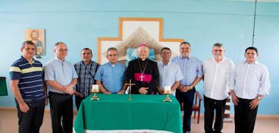 Dom Genival reúne-se com Colégio dos Consultores e confirma a permanência do Vigário Geral