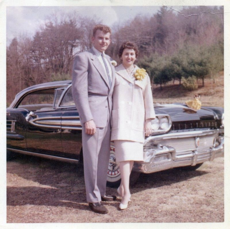 Here Is A Lovely Photo Collection Of Couples In The 1950s