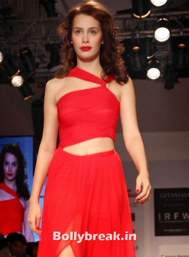 India Resortwear Fashion Week 2013, Top Bollywood Celebs at India Resortwear Fashion Week 2013