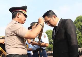 Ridwan Kamil Berpeluang Diduetkan dengan Anton Charliyan di Pilgub Jabar 2018