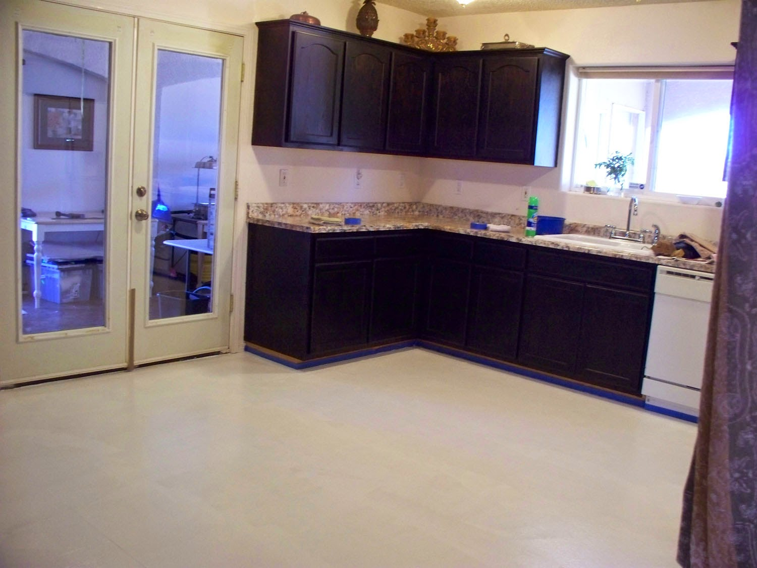 Painting Linoleum Kitchen Floor Victoria Larsens Decorating With Class How To Paint Your
